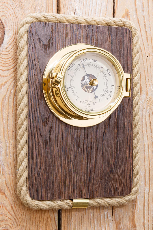 barometer messing holztafel instrumente a holztafel. Black Bedroom Furniture Sets. Home Design Ideas