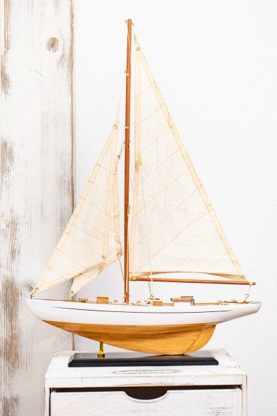Kleine Segel Yacht 54cm