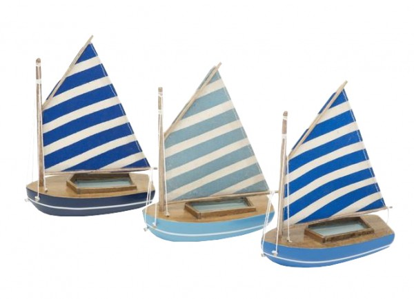 Bunte Fischerboote zur Deko