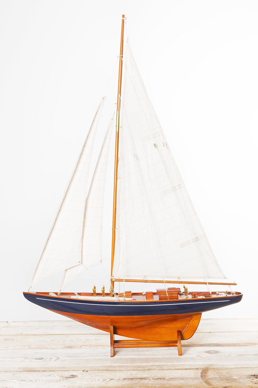 Segelyacht dekoration klassische segelyachten deko schiffsmodelle maritim dekorieren - Holzpaddel deko ...