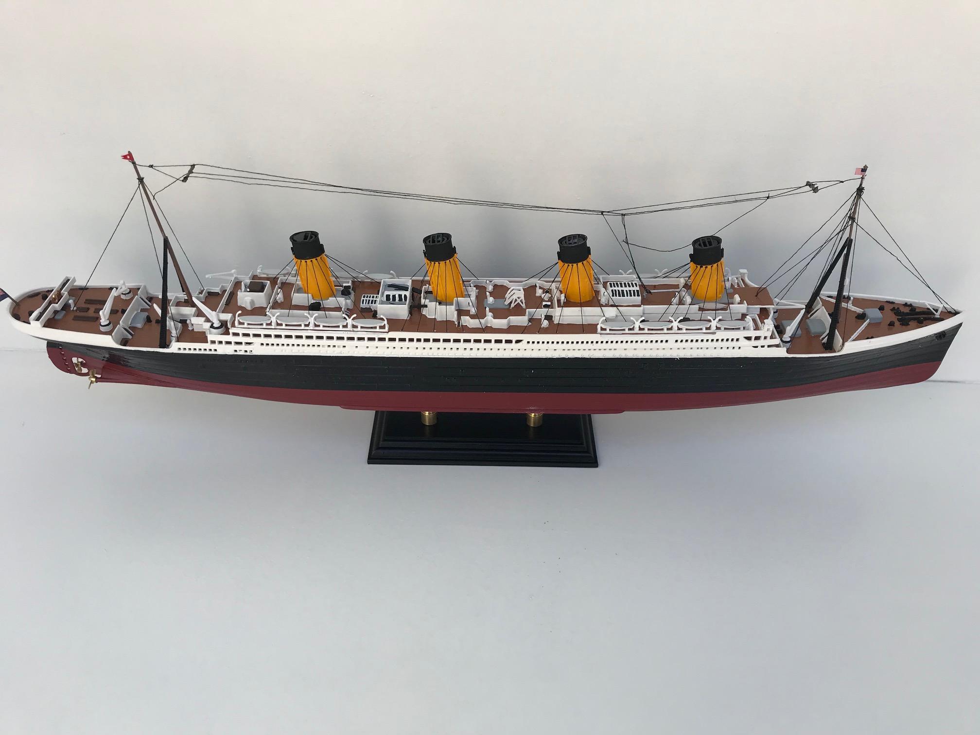 Unikat Titanic Fertigmodell aus einem Bausatz in Handarbeit ...