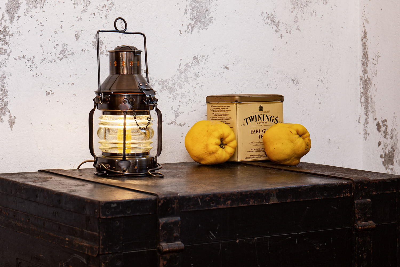 Antik ankerlampe petroleum positionslampen schiffslampen maritime klassiker mare me - Holzpaddel deko ...