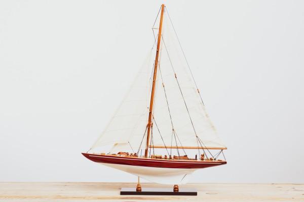 Endeavour Schiffsmodell klein