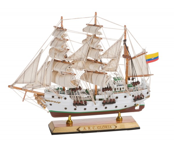 Schiffsmodell Gloria klein