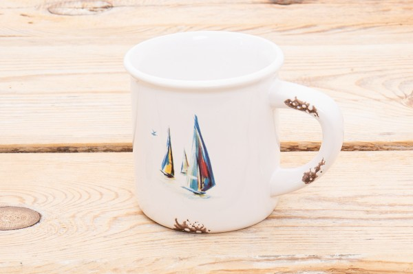 Steingut Becher Weiß Segelschiffe