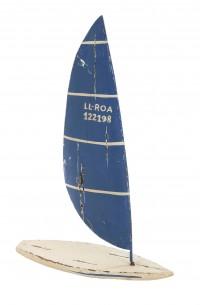 Surfbrett weiß mit blauem Segel